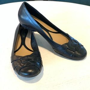NATURALIZER, black leather ballet flats, 7.5 N